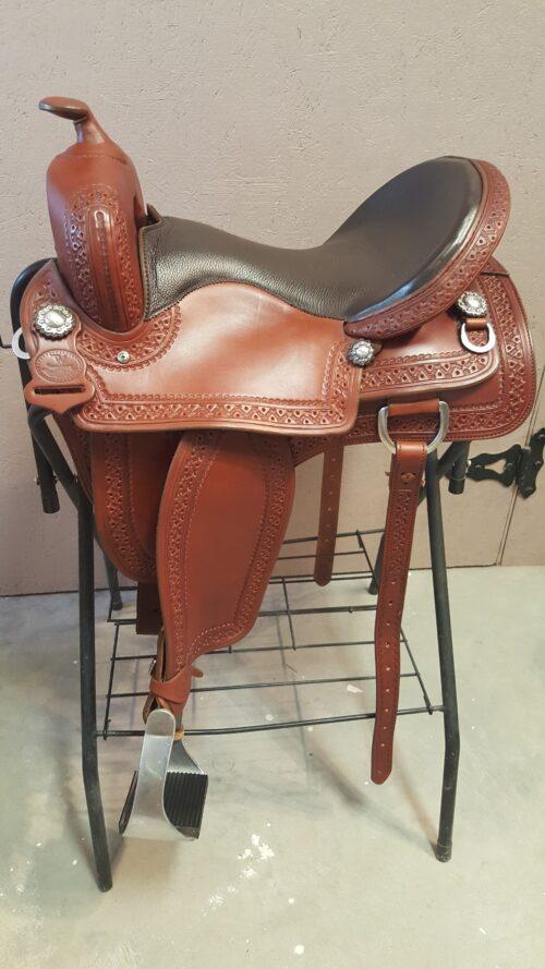 TW Saddlery16 Brown TW Shooter Saddle